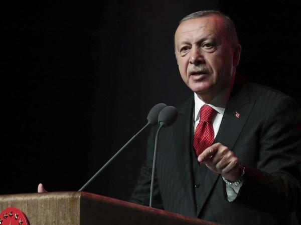 Турският президент Реджеп Ердоган отново отправи заплаха към евролидерите. Той