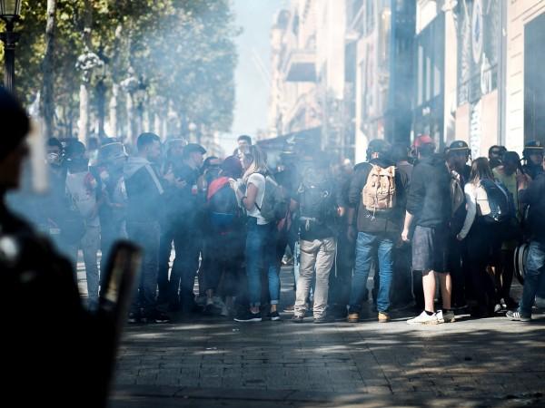 Повече от сто демонстранти са били арестувани по време на