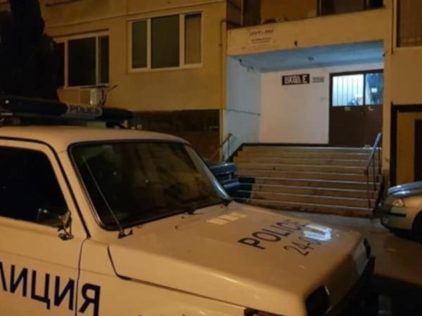 57-годишен мъж се барикадира в апартамента си, след като заплашвал