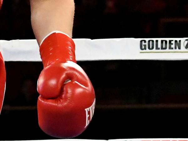 Младият български боксьор Исус Величков почина от травмите си след