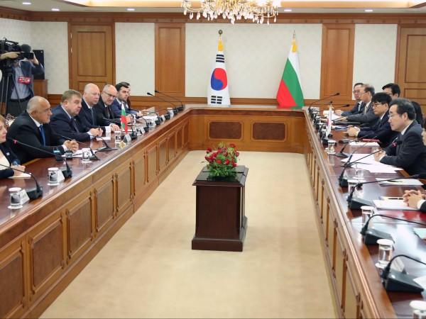 В присъствието на министър-председателя Бойко Борисов, по време на официалното