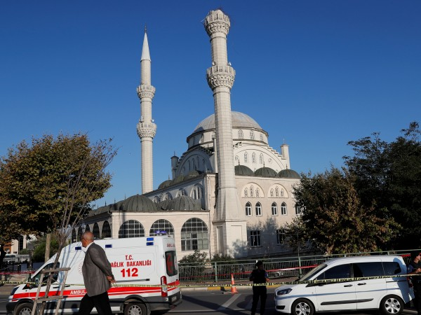 Няма пострадали български граждани по време на земетресението в Истанбул,