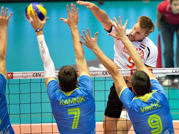 Мъжкият национален отбор по волейбол на Словения се класира на