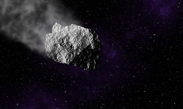 Астероид колкото футболно игрище приближава Земята