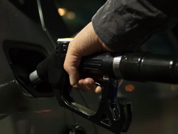 Атаките срещу петролните рафинерии в Саудитска Арабия и покачването на