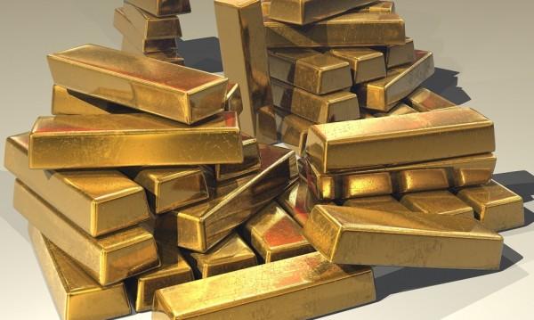 Инвесторите се насочват към злато, сребро и платина