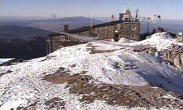 В планините дъждът минава в сняг, на Мусала е минус 1°C