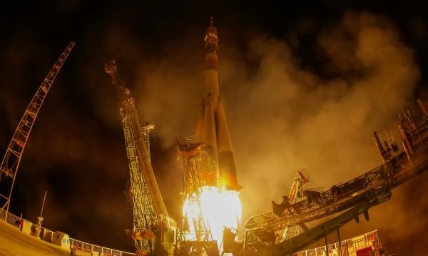 Изповед от космонавт: В безтегловност се спи по-хубаво
