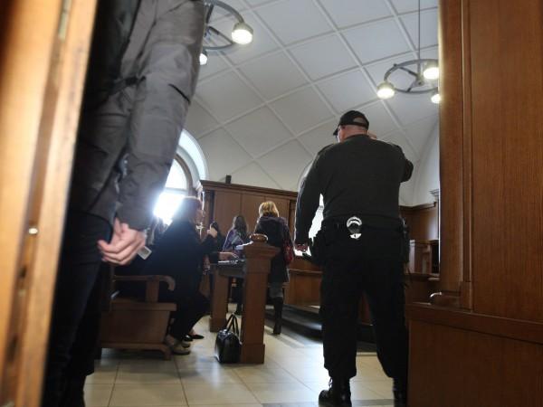 Състав на ВКС стартира заседанието по искането на главния прокурор