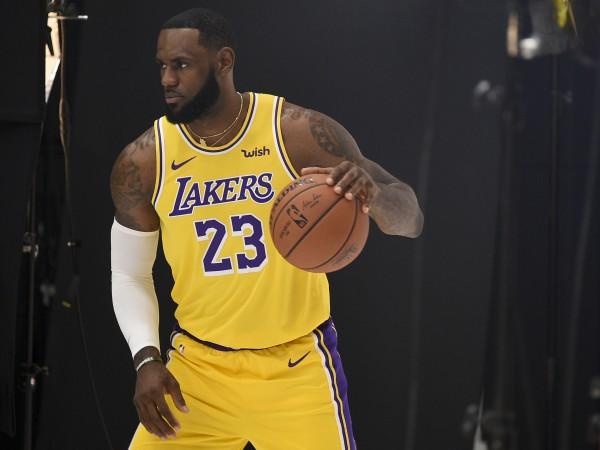 Новият сезон в Националната Баскетболна Асоциация ще започне само след