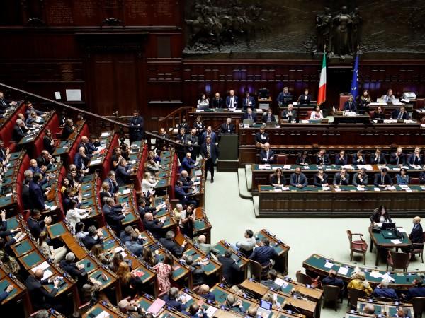 Италианският парламент даде одобрението си броят на депутатите да бъде