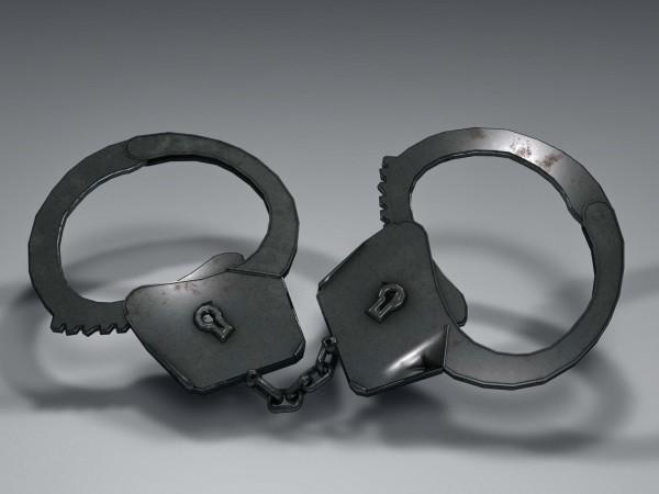 Окръжната прокуратура във Варна задържа 27-годишна българка и и 38-годишен