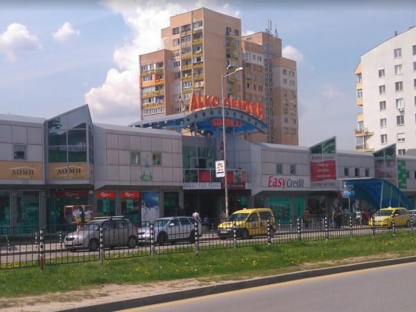 """Емблематичният пазар за софиянци в столичния квартал """"Младост"""" 1 е"""