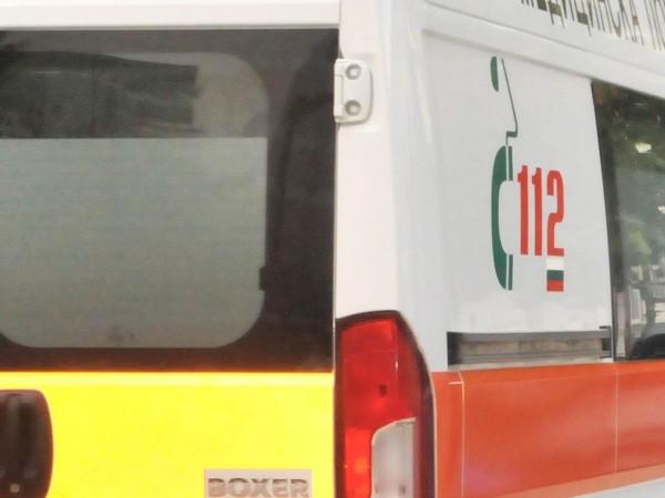 Трима работници пострадаха при взрив в частна фирма за производство