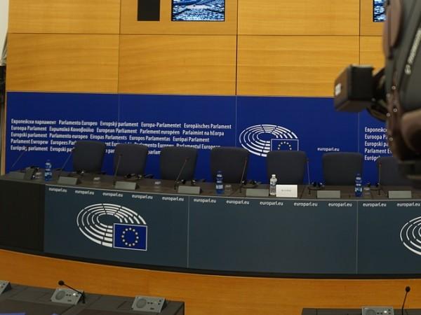 Европейският парламент отхвърли за непригодност кандидатът на Франция за еврокомисар
