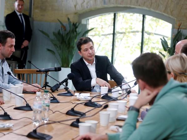 Президентът на Украйна Володимир Зеленски постави рекорд, като даде пресконференция,