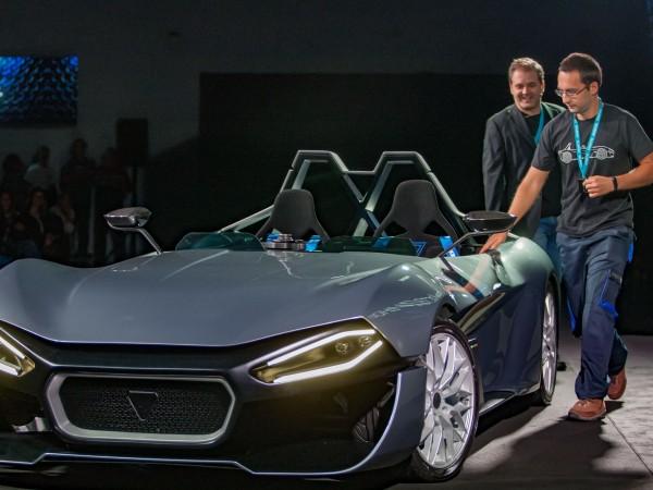 Компанията Kinetik Automotive, която е създадена от българина Теодосий Теодосиев,