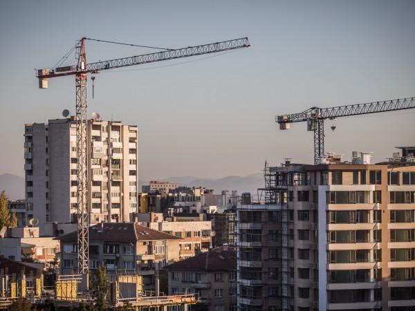 Има ли балон на жилищното и офис строителството в София?