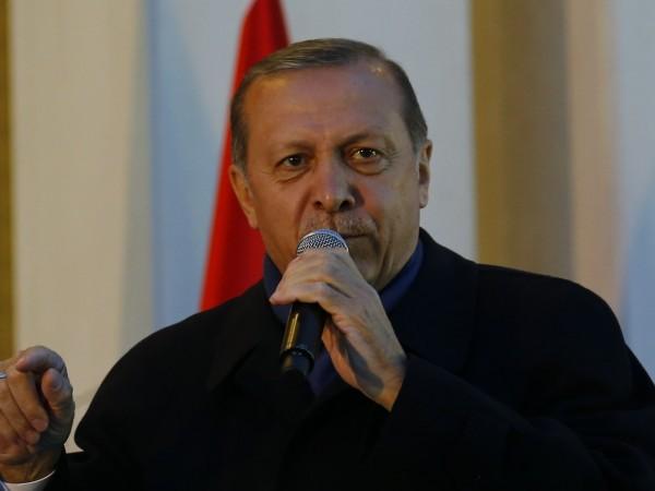 Британският премиер Борис Джонсън предупреди турския президент Реджеп Тайип Ердоган,