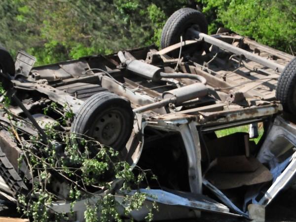 Шестима души загинаха тази нощ при тежка катастрофа край Казанлък.