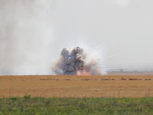 Сирийските кюрди съобщиха вчера, че са постигнали споразумение с Дамаск