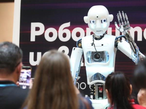 10 робота с различни умения ще могат да бъдат видени