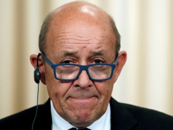 Френският външен министър Жан-Ив Льо Дриан реши да не присъства