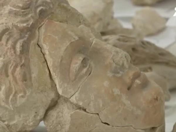 Учени от националния музей на Афганистан активно възстановяват будистката история