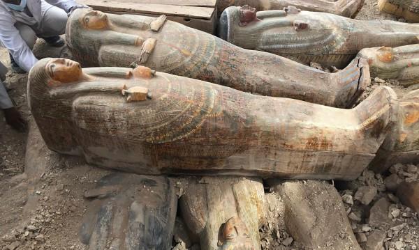 Значима находка: Откриха 20 древни ковчега в Луксор