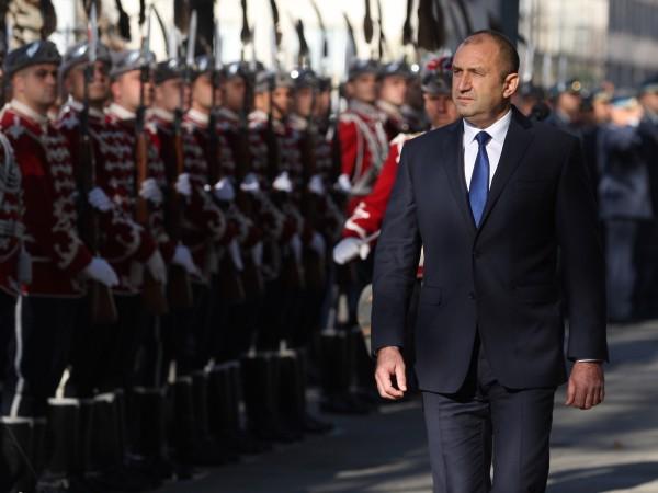Според президента Румен Радев модернизацията на българските ВВС и изобщо