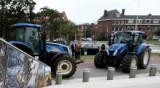Хиляди фермери блокират пътищата в Холандия