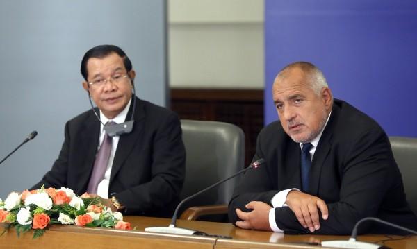 Премиерът на Камбоджа бил у нас при Живков, имало разлика
