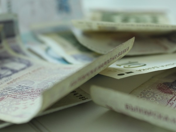 110 предприятия са предпочели да платят компенсационна такса, вместо да