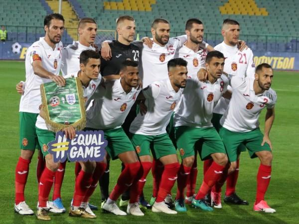 Тоталното падение на националния ни отбор по футбол продължава. След