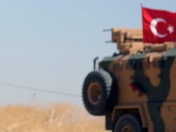 Властите в контролираните от кюрдите райони в Сирия обвиниха днес