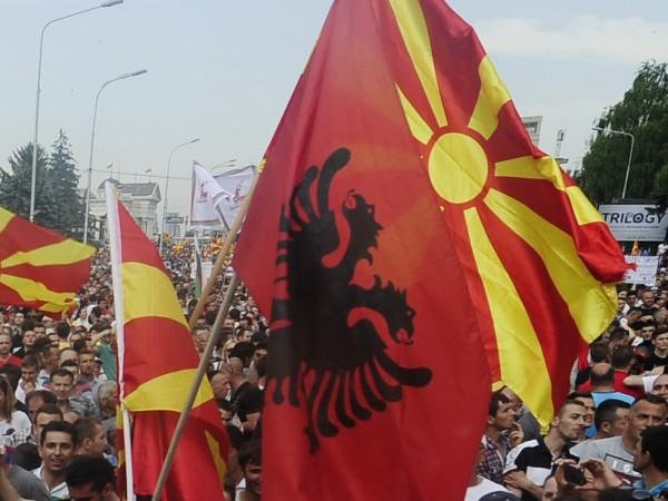 Франция дава шест месеца на Македония да проведе реформи, пише