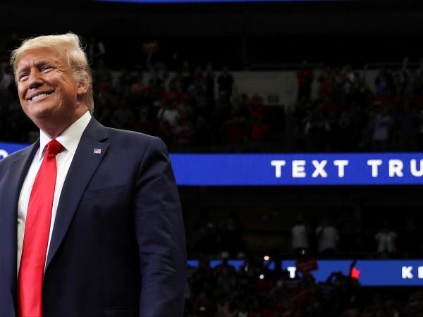 Американският президент Доналд Тръмп приветства спирането на огъня в Сирия