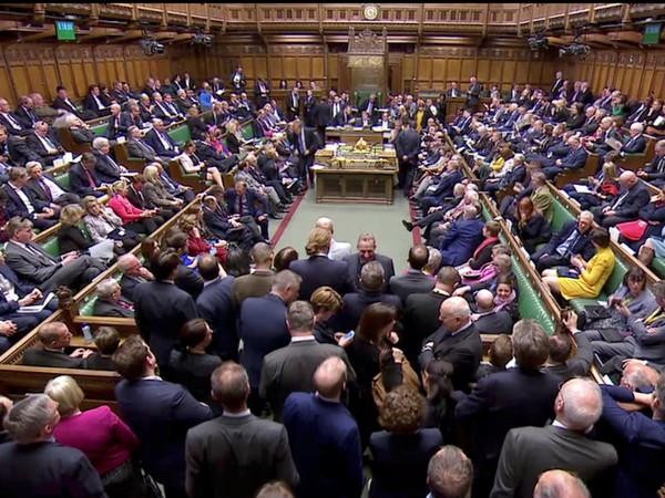 Британският министър-председател Борис Джонсън, загубил всички важни гласувания в парламента