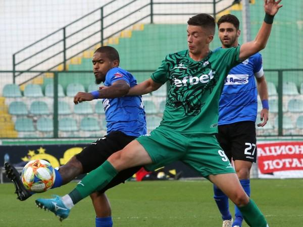Черно море победи с 2:0 като гост Витоша в първия