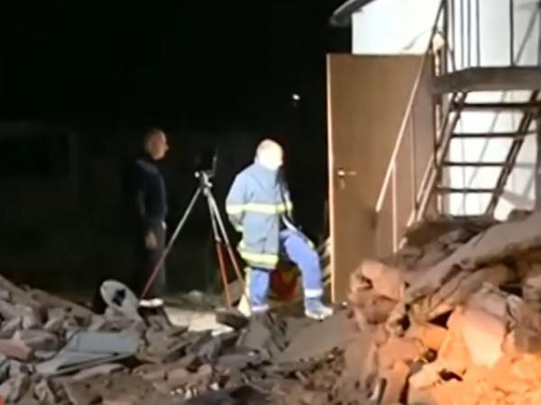 Снимка: Находка: Младо семейство откри боеприпаси в дома си