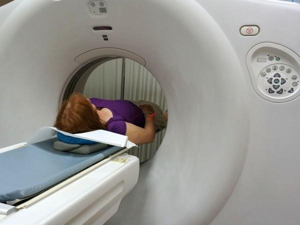 След страховития случай със забавен пациент в скенера в болница