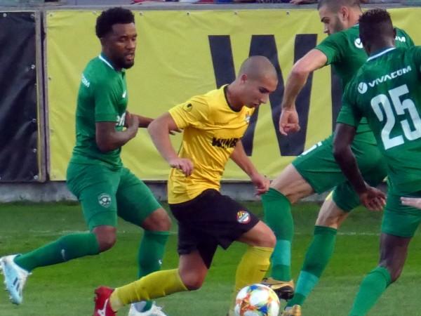 Лудогорец победи с 1:0 като гост Ботев (Пловдив) в мач