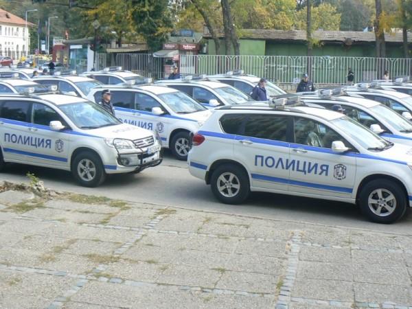 Неизвестен потроши стъкло на полицейски джип във Видин, съобщиха от