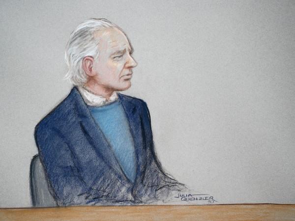 Джулиан Асандж се яви пред британския съд и въпреки че