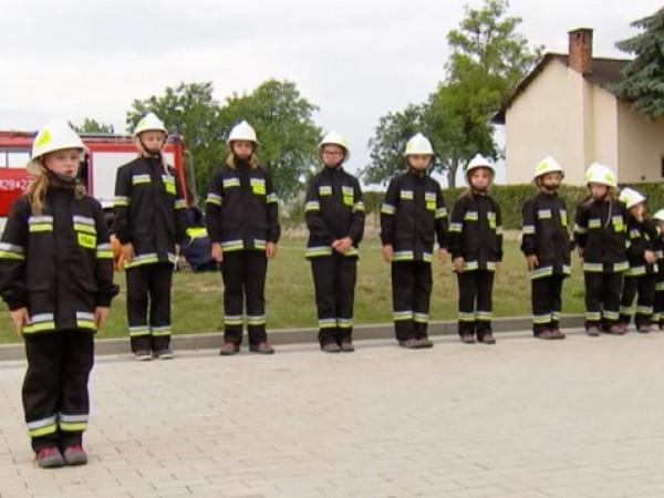 В младежката противопожарна бригада в полското село Меисце Оджанские няма
