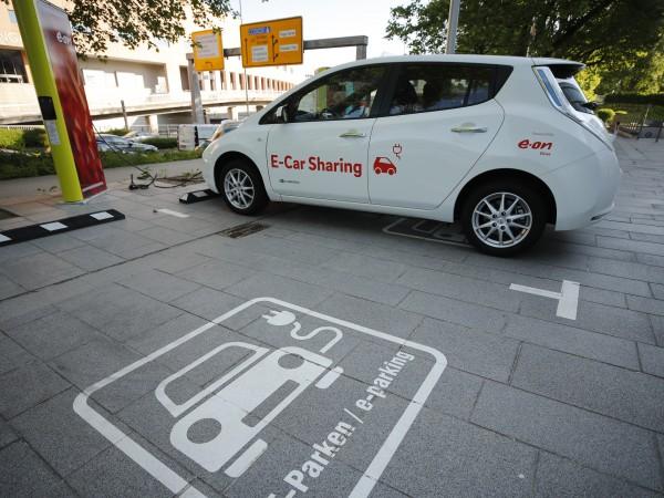 Електромобилите продължават борбата за нови клиенти, като това се дължи