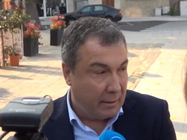 За петима души, сред които е кметът на Несебър Николай