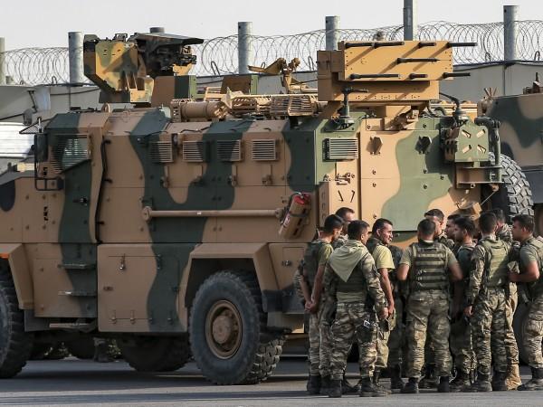 Кремъл заяви, че САЩ са предали и изоставили сирийските кюрди,