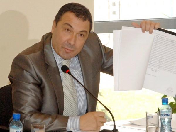 Кметът на Несебър Николай Димитров вече се намира в следствения
