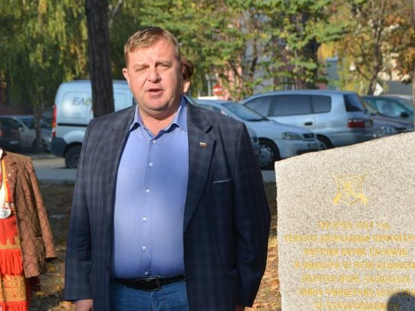 """Вицепремиерът Красимир Каракачанов заяви, че """"унизителни мероприятия"""" като мониторинговия механизъм"""